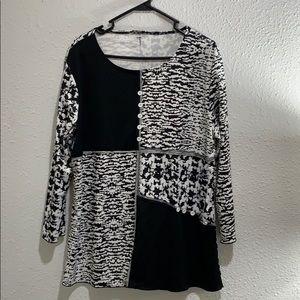 Women's casual/career blouse. NWOT 2X